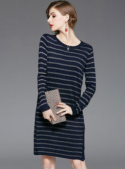 Brief Striped O-neck Loose Knitted Dress