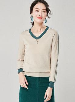 Color-blocked Long Sleeve Slim Sweater