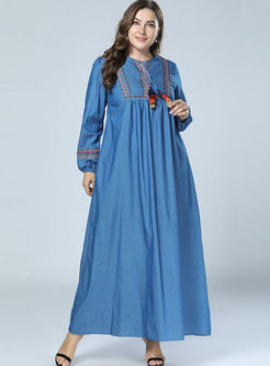 Plus Size Embroidered Loose Maxi Dress