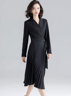 Solid Color Waist Pleated Sweater Dress