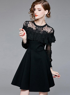 Lace Hollow Out Contrast O-Neck Long Sleeves Mini A-Line Dresses