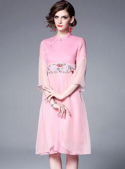 Retro Mandarin Collar Embroidered Dress