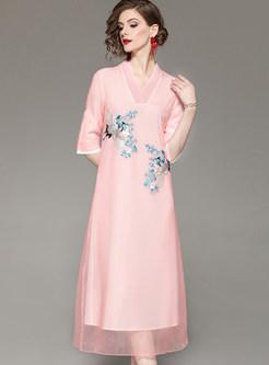 Pink V-neck Half Sleeve Embroidered Shift Dress