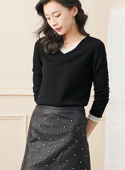 Color-blocked V-neck Pullover Slim Sweater