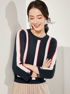O-neck Color-blocked Striped Pullover Sweater
