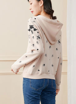 Embroidered Long Sleeve Pullover Hoodie