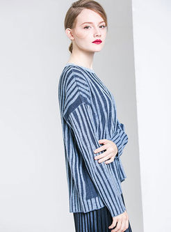 Casual O-neck Striped Slit Sweater