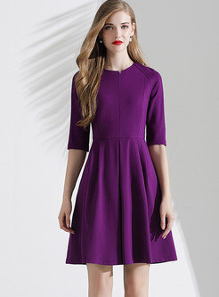 Solid Color O-neck Pleated Skater Dress