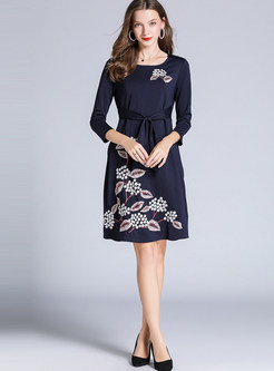 O-neck Long Sleeve Embroidered Skater Dress With Belt