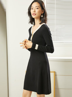 Brief Color-blocked A Line Sweater Dress