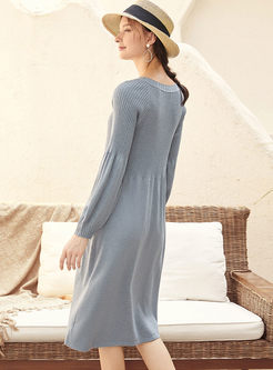 Blue V-neck Lantern Sleeve Sweater Dress