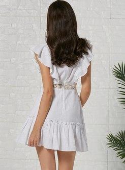 White Deep V-neck Sleeveless Lace Falbala Dress