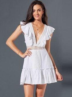 White Deep V-neck Sleeveless Lace Falbala Dress