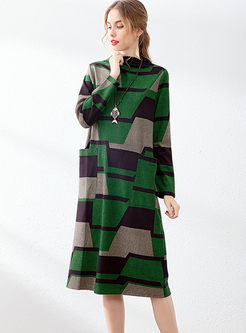 Half Turtleneck Geometric Print Shift Dress