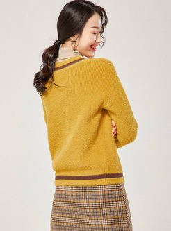 Color-blocked Half Turtleneck Pullover Sweater
