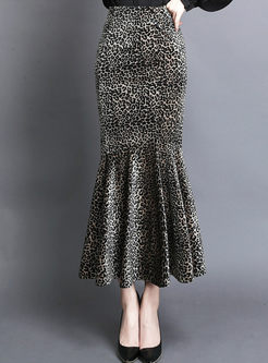 High Waisted Leopard Velvet Mermaid Skirt