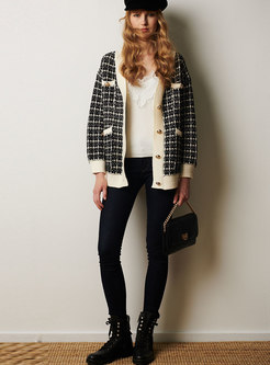 V-neck Single-breasted Plaid Loose Sweater Coat
