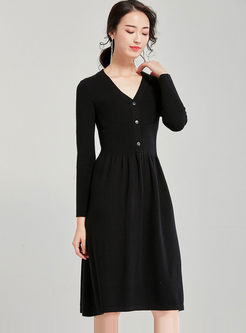 Brief Solid Color V-neck Sweater Dress