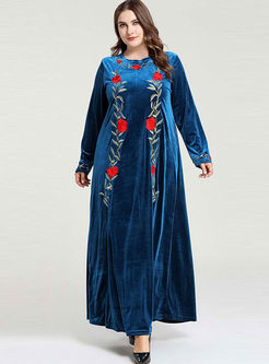 Crew Neck Embroidered Plus Size Maxi Dress