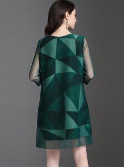 Geometric Print Plus Size Pleated Mini Dress