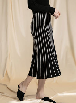 Black High Waisted Striped Sweater Skirt