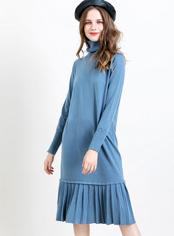 Turtleneck Patchwork Pleated Straight Sweater Dress