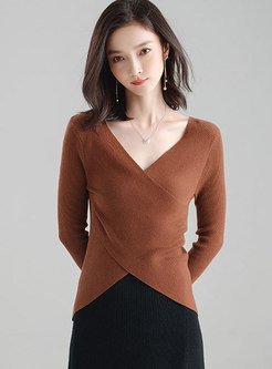 Deep V-neck Solid Color Wool Sweater