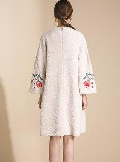 V-neck Flare Sleeve Embroidered Loose Coat