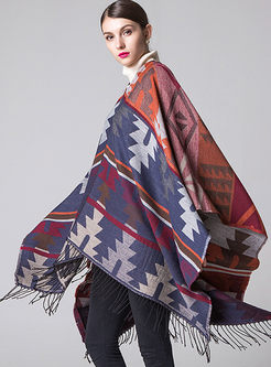 Color-blocked Geometric Print Poncho Scarf