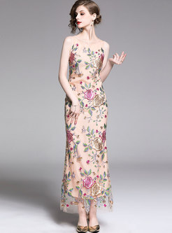 Elegant Embroidered O-neck Sleeveless Maxi Dress