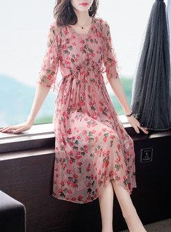 V-neck Half Sleeve Print Silk Dress