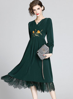 V-neck Embroidered Lace Patchwork Midi Dress