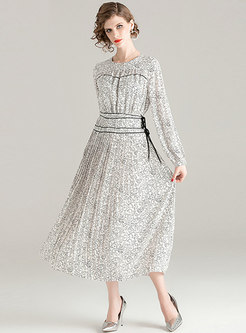 Print Tied Pleated Maxi Dress