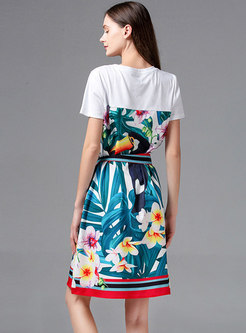 Crew Neck Print Drilling Belted Skater Dress