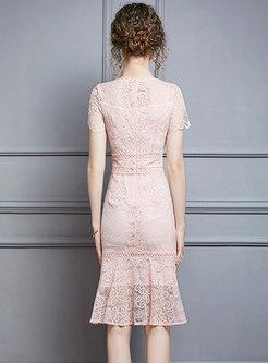 Elegant Lace Crew Neck Sheath Peplum Dress