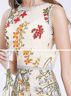 Mesh Embroidered Sleeveless Slim Midi Dress