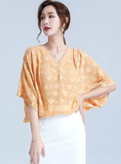 V-neck Bat Sleeve Print Pullover Blouse