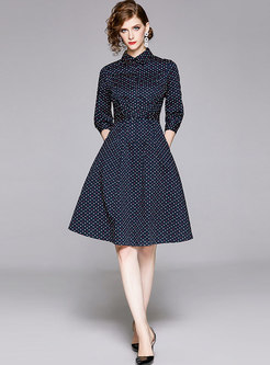 Turn Down Cold Heart Pattern Belted Dress