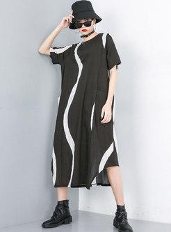 Plus Size Crew Neck Color-blocked Shift Midi Dress
