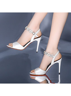 Round Toe Thin Heel Flower Buckle Sandals