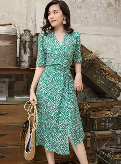 V-neck Short Sleeve Floral Wrap Dress