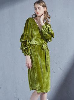 Lantern Sleeve V-neck Velvet Robe