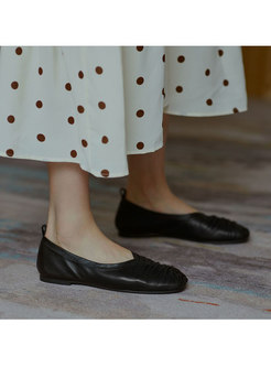 Round Toe Ruched Soft Leather Flats