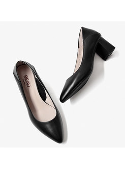 Rounded Toe Chunky Heel Low-fronted Shoes