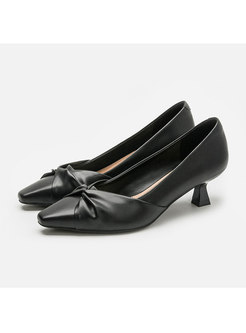 Pointed Toe Bowknot Low-fronted Pumps