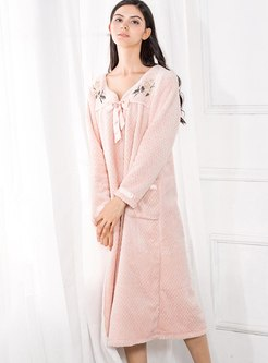 Pink Bowknot Embroidered Shift Nightdress