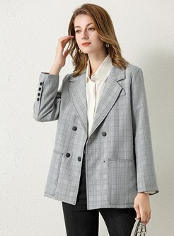 Notched Plaid Double-breasted Blazer