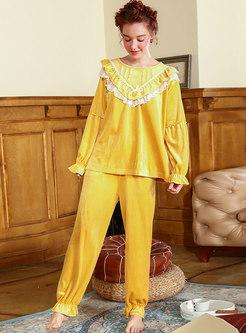 Lace Patchwork Ruffle Velvet Pajama Set