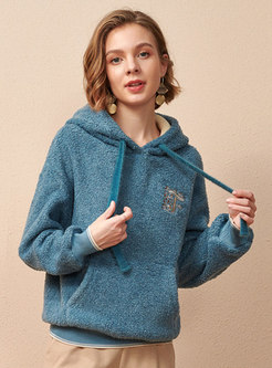Embroidered Loose Lambswool Pullover Hoodie
