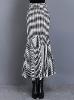 High Waisted Houndstooth Peplum Maxi Skirt